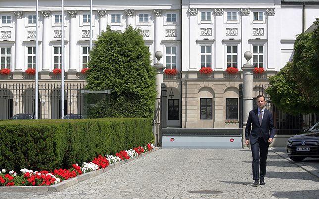 Władysław Kosiniak-Kamysz opuszcza Pałac Prezydencki po rozmowie z prezydentem