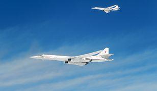Tu-160 sfotografowane przez pilotów z Francji.