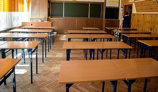 Kamery zostały zamontowane w salach, z których korzystali nauczyciele matematyki i informatyki