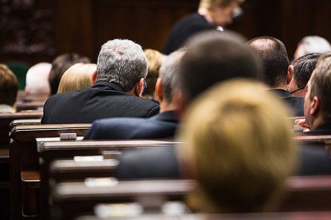 Sejm utrzymał obowiązek szkolny dla sześciolatków
