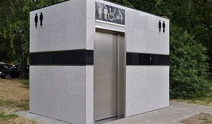Pierwsze automatyczne toalety w Warszawie już rozlokowane