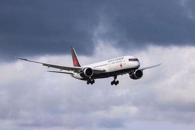 Boeing 777 lądował awaryjnie na Hawajach