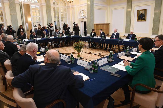 Okrągły stół ws. reformy wymiaru sprawiedliwości ma pomóc w rozwikłaniu pata w tej sprawie