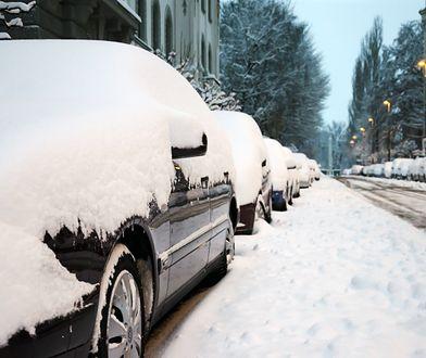 Śnieg pada na południu i wschodzie Polski