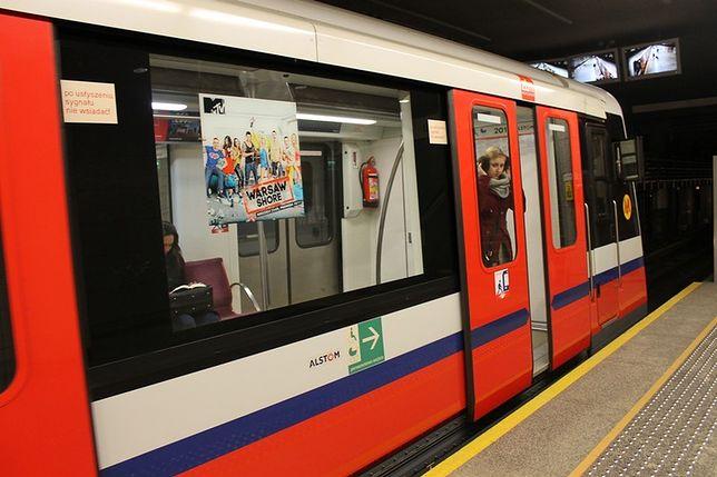 Metro pojedzie częściej w godzinach szczytu!