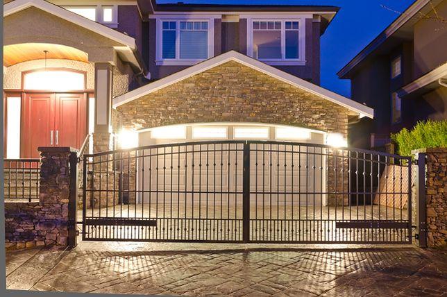 Brama garażowa nie musi być brzydka