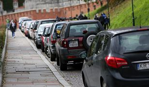 Znalezienie miejsca parkingowego w centrum Krakowa to prawdziwe wyzwanie.