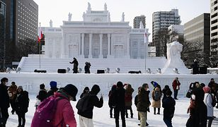 Łazienki Królewskie w Sapporo. Japończycy wybudowali warszawskie zabytki z lodu [ZDJĘCIA]