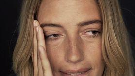 Drganie powieki może być objawem lęku (WIDEO)