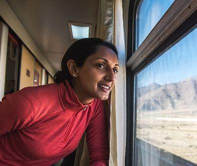 Monisha Rajesh odbyła podróż dookoła świata, przemierzając glob zaledwie 80 pociągami