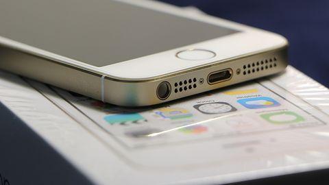 WhatsApp przestanie działać na starszych iPhone'ach. Są nowe wymagania