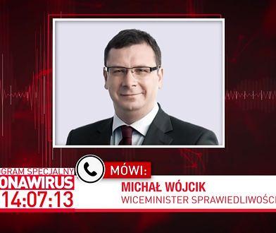 """Koronawirus w Polsce. Więźniowie szyją maseczki. """"Dobowa produkcja nie jest taka mała"""""""
