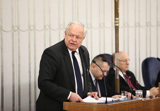 Prezes Izby KRS- u Stanisław Zabłocki w Senacie przy wznowieniu ustawy o Sądzie Najwyższym, autorstwa prezydenta Andrzeja Dudy.