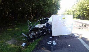 Kierowca furgonetki zginął na miejscu