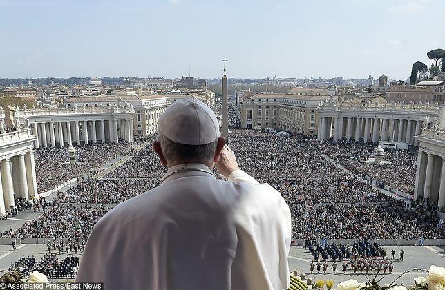 Papież Franciszek poświęcił bożonarodzeniowe orędzie sytuacji dzieci, cierpiących w konfliktach wojennych.