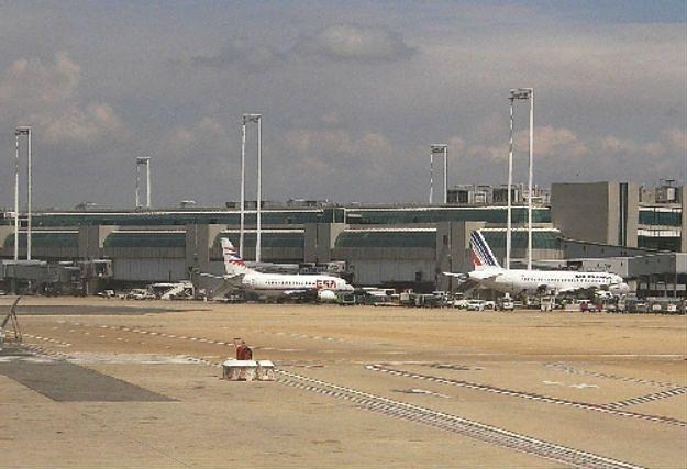 Wznowiono pracę lotniska Fiumicino. Strażacy opanowali pożar