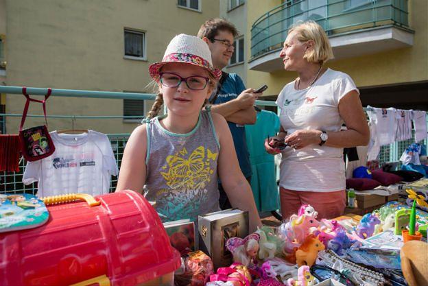 Setki osób na kiermaszu ośmioletniej Asi z Poznania