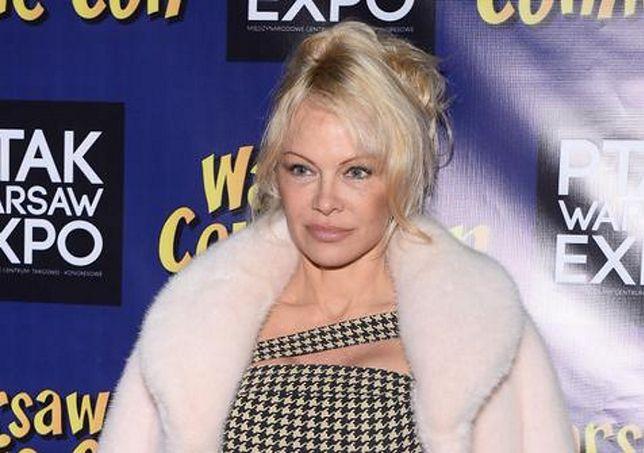 W zeszłym roku Pamela Anderson po raz pierwszy odwiedziła Polskę