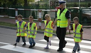Policja sprawdza bezpieczeństwo przy szkołach