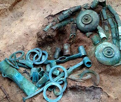 Skarb pod Toruniem. Pradawny wojownik zakopał nad Wisłą worek z ozdobami