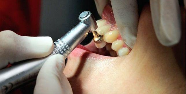 Dentofobia - dlaczego faceci boją się dentysty?