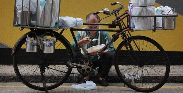 Chiński rowerzysta pokonał 18 tys. km, by uczcić słynnych żeglarzy