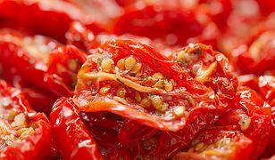 Przysmak ze słonecznej Toskanii. Jakie suszone pomidory wybrać?