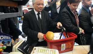 Porównaliśmy ceny ze sklepu, gdzie zakupy robił Kaczyński. Jak wygląda rachunek za rządu PiS?