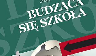 budzaca_sie_szkola_front.jpg
