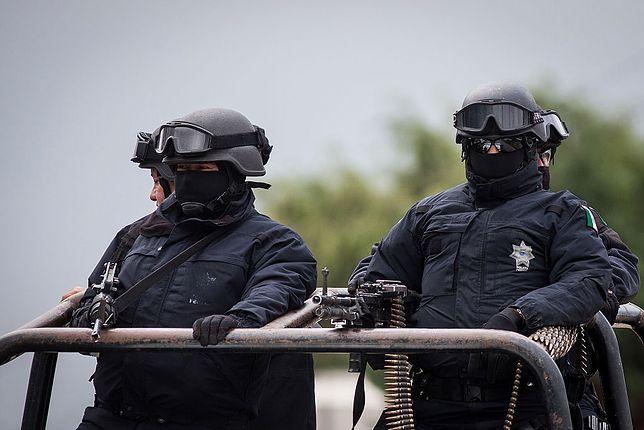 Służby w Meksyku szukają przestępców, którzy ukradli ciężarówkę z radioaktywnymi materiałami