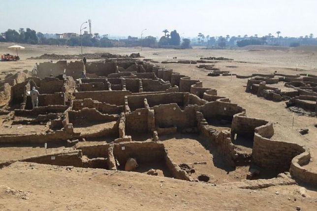 Zaginione miasto odnaleziono w okolicy dzisiejszego Luksoru