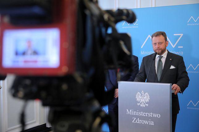 Koronawirus w Polsce. Zmiany w przepisach, w tym obowiązek zakrywania twarzy w miejscach publicznych