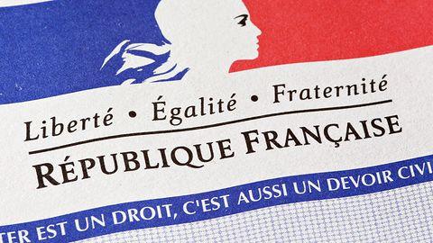 We Francji po cenzurze Internetu nadszedł czas na permanentny cybernadzór