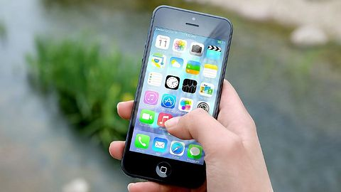 Luka w iOS: wystarczy okno dialogowe, by wykraść hasło do konta Apple