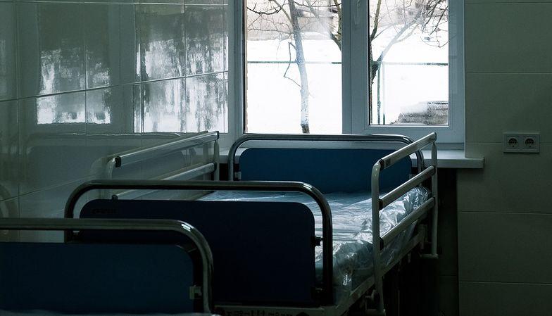 """Wrocław. Setki tysięcy za stare łóżka szpitalne z Niemiec. """"Nie było niedoboru"""""""