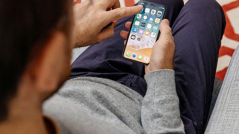 Treści pedofilskie, iPhone X i debata nad Face ID w kontekście amerykańskiego prawa