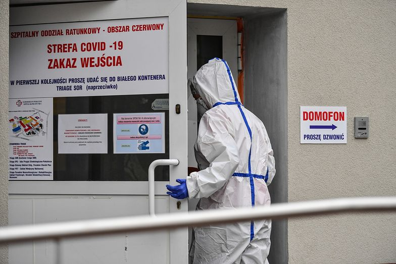 Koronawirus w Polsce. Nowe zakazy dla młodzieży i seniorów. Szykują się olbrzymie zmiany