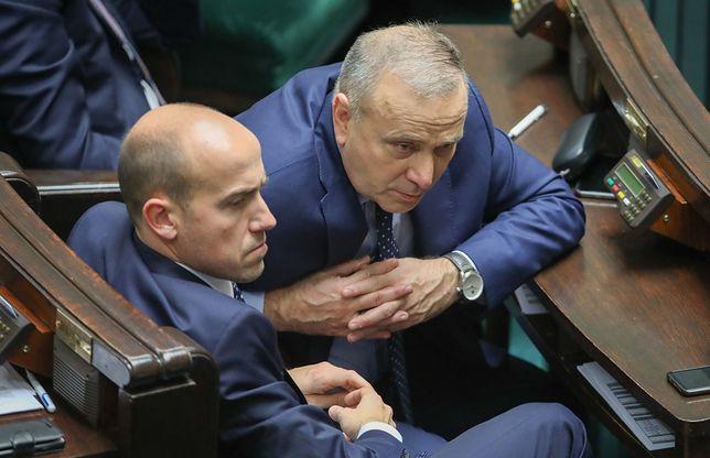 Borys Budka i Grzegorz Schetyna w sejmowych ławach.