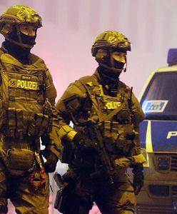 Niemcy. Napastnik, który wziął zakładników w autokarze, został zatrzymany