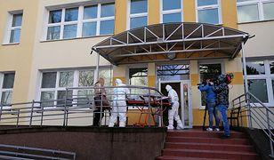 Koronawirus w Polsce. Do Szpitala Uniwersyteckiego trafiła rodzina z dwójką dzieci