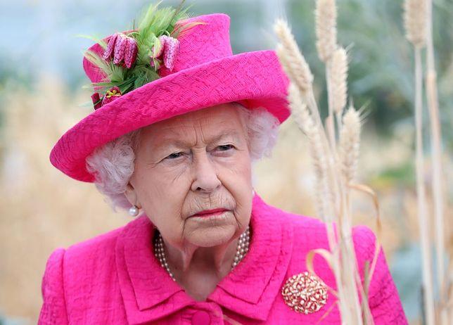 Królowa Elżbieta II ma wiele zmartwień