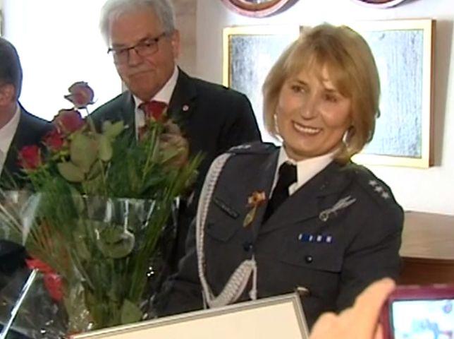 """""""Jest bardzo zdyscyplinowanym żołnierzem"""". Polska pielęgniarka z najwyższym odznaczeniem na świecie"""