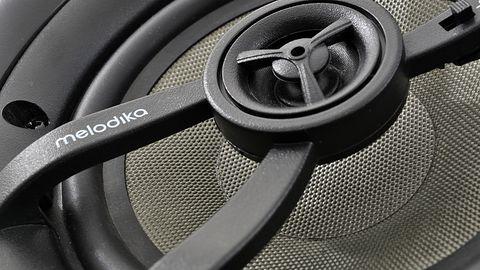 Melodika BLI5 i BLI6W: polska marka wprowadza na rynek nowe głośniki instalacyjne