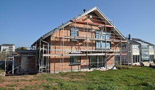 Zakup czy budowa domu - co wybierają Polacy?