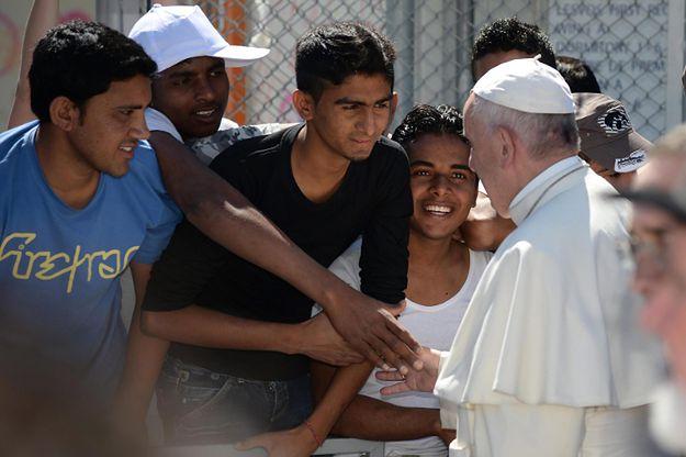 Papież w obozie Moria