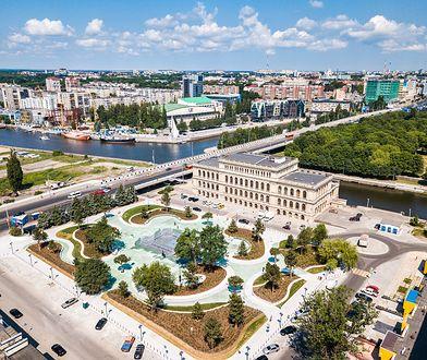 """""""Dla znudzonych zachodnim przepychem Kaliningrad to położona blisko Polski, i tania cenowo odskocznia od świata, który znamy"""""""