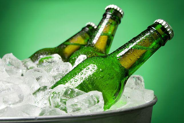 Reklamy piwa nie w TVP? Resort rodziny chce ich ograniczenia