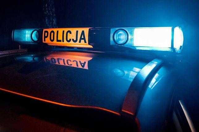 Dwaj funkcjonariusze CBŚP ranni w wypadku