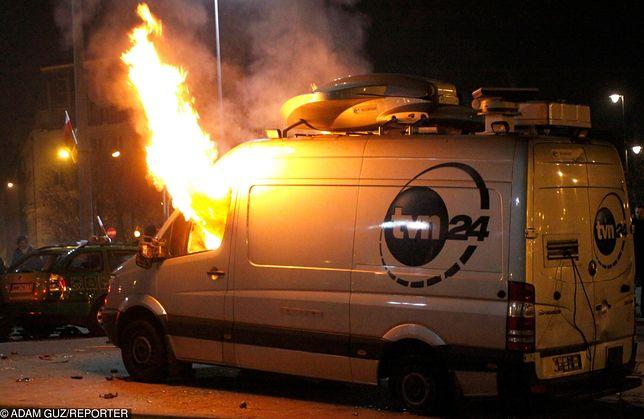 Spalił wóz transmisyjny TVN-u. Chciał uciec przed karą więzienia