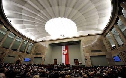 Komisja pozytywnie o cięciach w kancelariach prezydenta i parlamentu